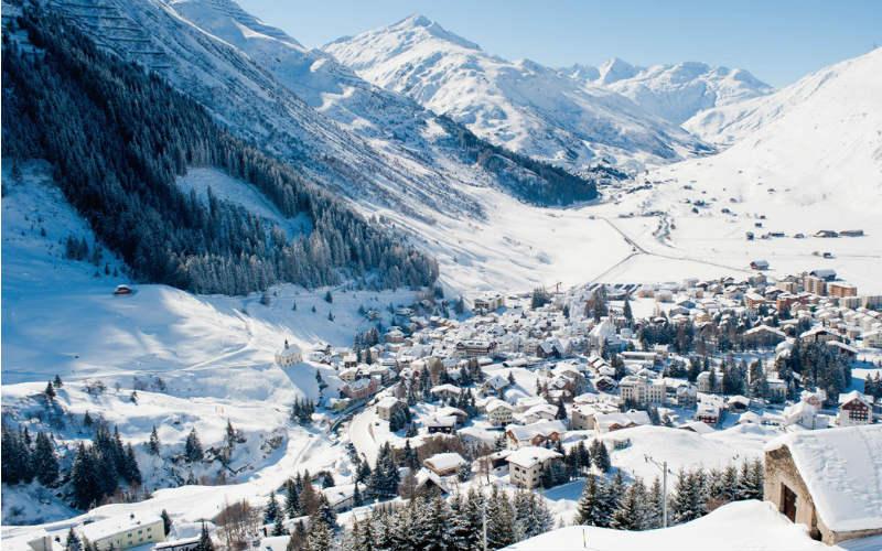 Bernina- & Glacier-Express im Winter 2