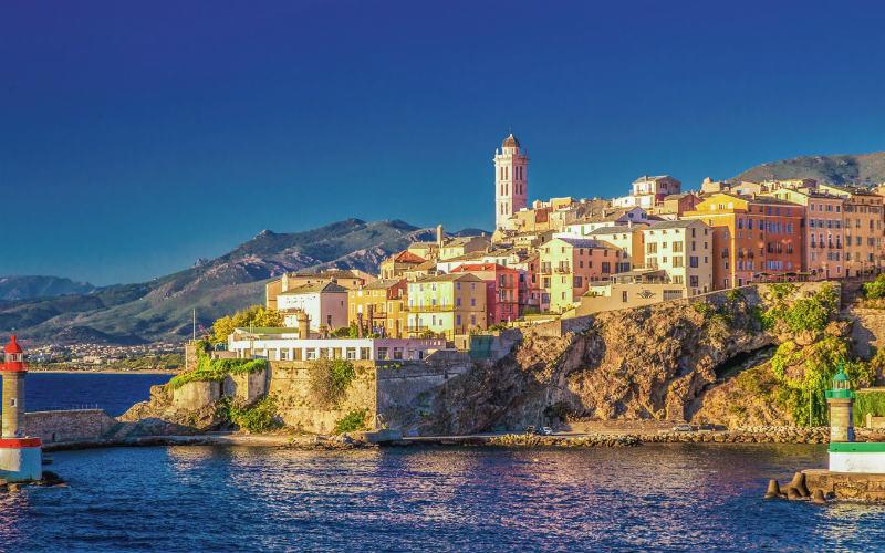 Blühender Frühling auf Korsika 1