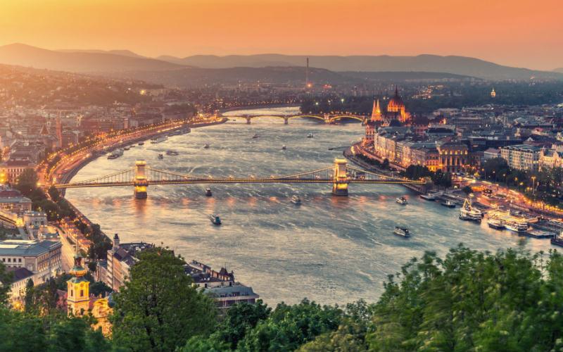 Budapest von oben 800X500