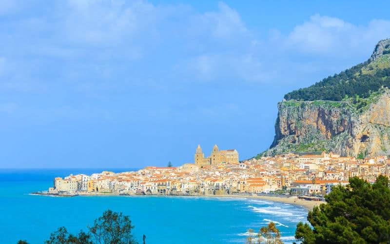 Sizilien_Liparische Inseln_cefalu