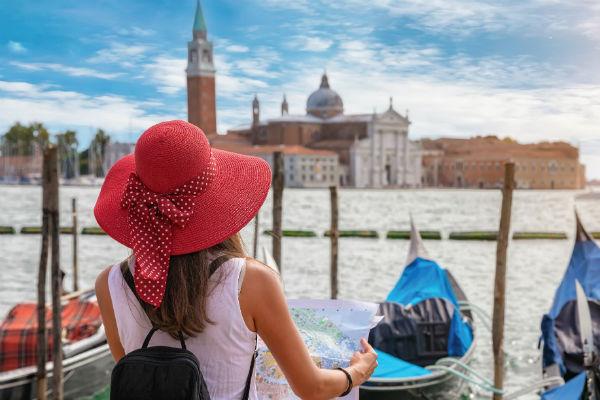Venedig Touristin 600x400 TOP