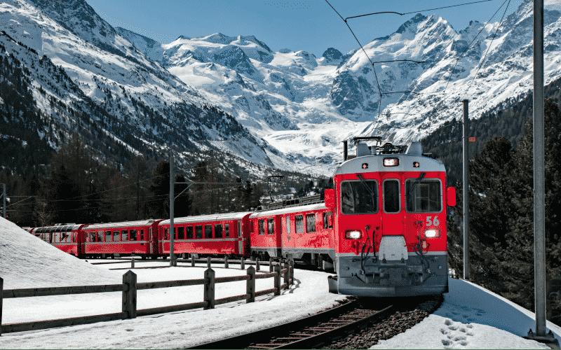 Bernina- & Glacier-Express im Winter 1