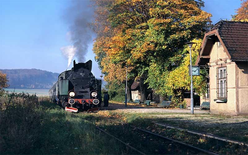 riesengebirge-Dampzugfahrt-Walbrzych-(