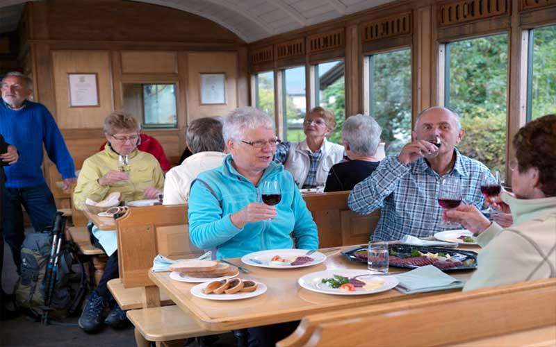 Schweizer Dampfeisenbahn Klassiker 10