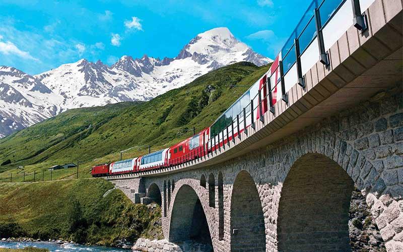 schweizer-panorama-safari-Fahrt-mit-dem-Bernina-Express2