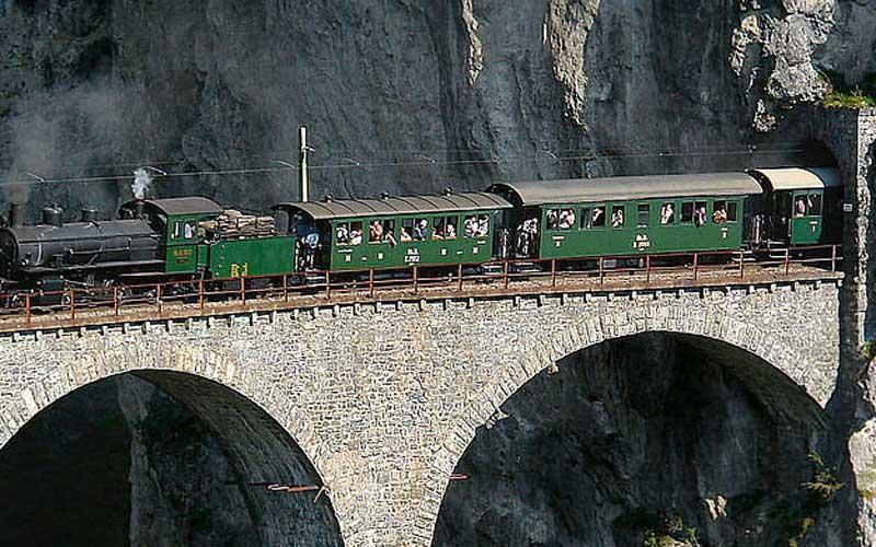 Schweizer Dampfeisenbahn Klassiker 3