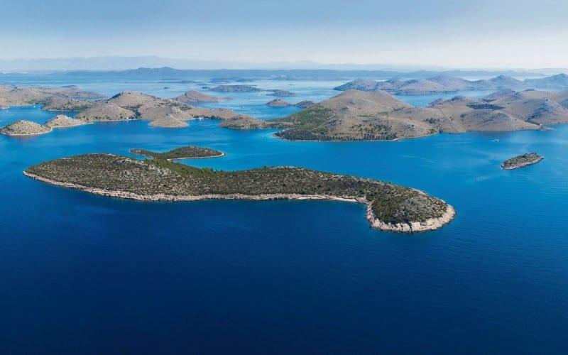 Sicht Auf Viele Hügelige Inseln In Kornati