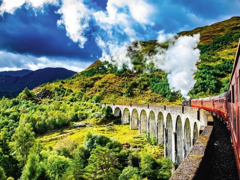 Schottland Zug 800x600