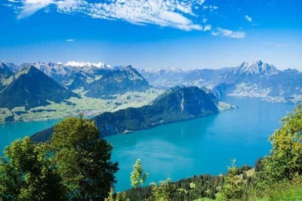 Lac des 4cantons 600x400 (002)
