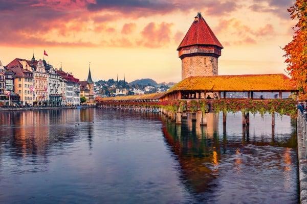 Luzern Kapellbrücke_top