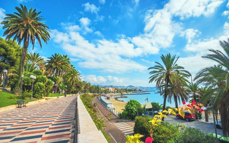 Riviera des Fleurs & Côte d'Azur 1